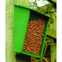 K3 Fence/Wall feeder